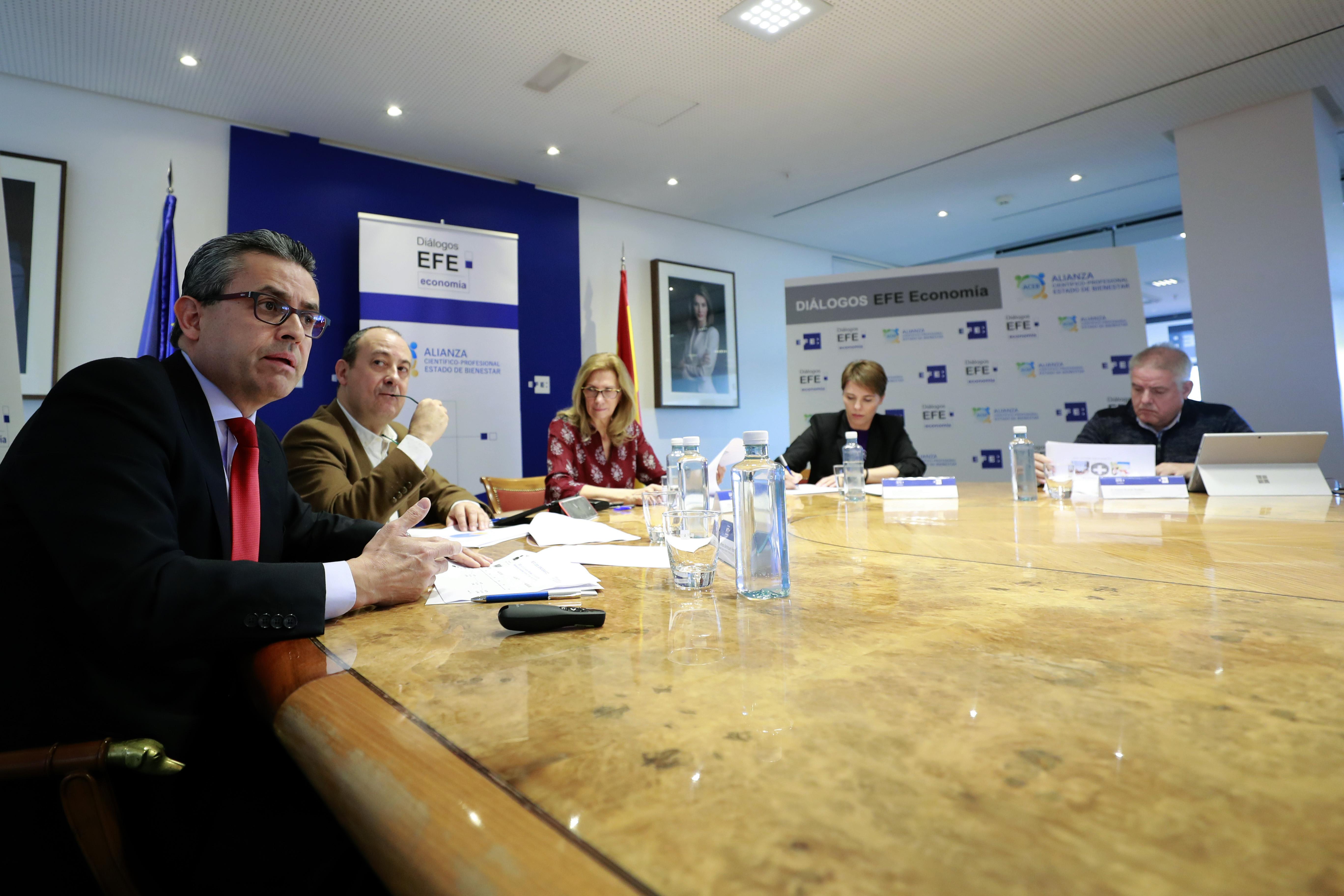 Desayuno EFE diálogo civil Estado Bienestar ACEB